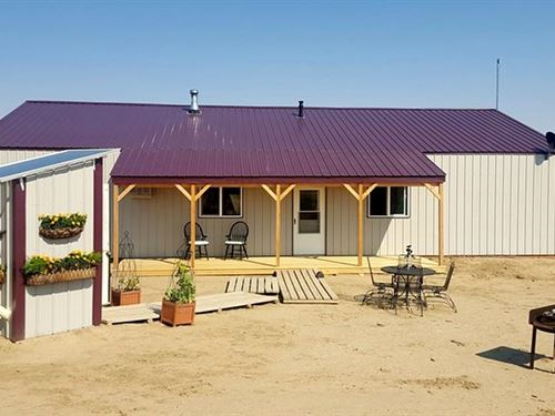 Off-Grid Pole Barn W/Apartment : Powell : Park County : Wyoming
