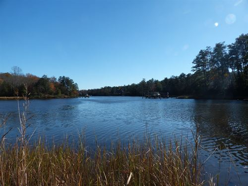 Boathouse Landing : Kilmarnock : Lancaster County : Virginia