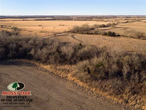 480 Acre Farmland With Great Recre : Bronson : Bourbon County : Kansas