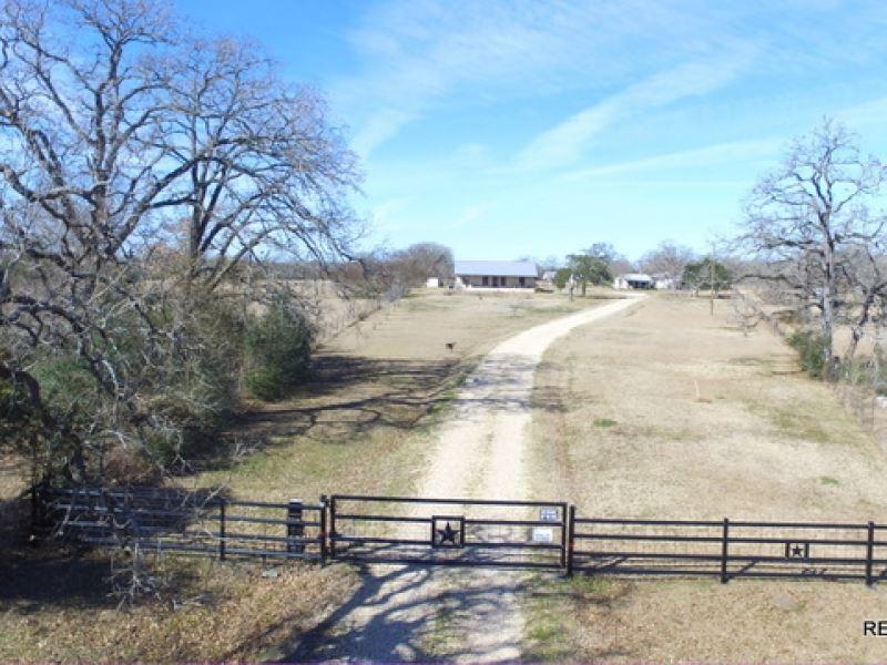 92.8 Ac, Ranch & Home : Iola : Grimes County : Texas