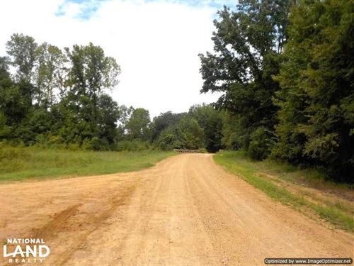 Great Location on Recreational And : Holcomb : Grenada County : Mississippi