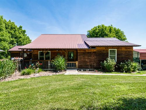 86+ Acs, Home, Wolf River Frontage : Pall Mall : Fentress County : Tennessee