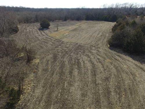 240 Acres For Sale in Allen County : Chanute : Allen County : Kansas