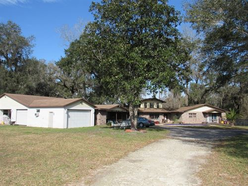 Home On 5.3 Acres Needs Some Tlc : Brooksville : Hernando County : Florida