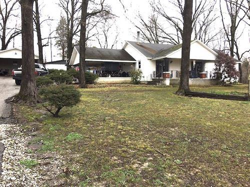 Beautiful Farm W/Park-Like Setting : Huntingdon : Carroll County : Tennessee