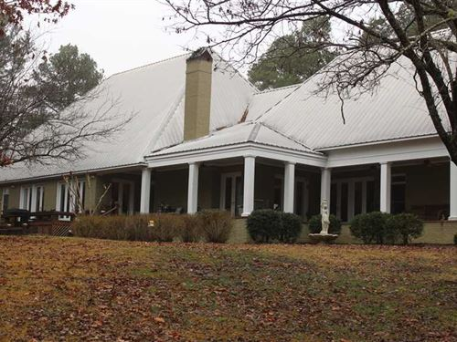 7000 sq ft 4 Bedroom 3.5 Bath Home : Oakland : Yalobusha County : Mississippi