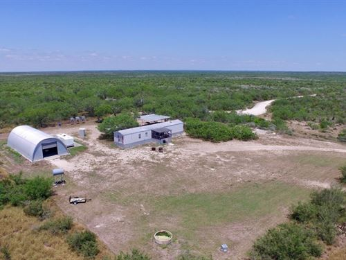 Ranch De Pez Y Caza : Freer : Duval County : Texas
