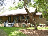 Rustic Cabin Style Home On 9.4 Acre : Brooksville : Hernando County : Florida