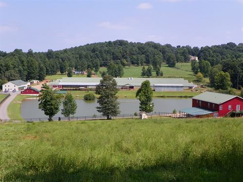 Recreational Property With Poultry : Statesville : Iredell County : North Carolina