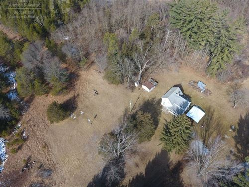 Secluded Farmhouse On 28 Acres : Adams : Wisconsin