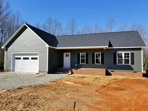 New Home With 8.83 Acres - Powhatan : Powhatan : Virginia