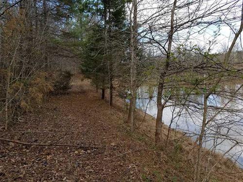 3Bd/2Ba Farmhouse on 36 Acres : Conover : Catawba County : North Carolina