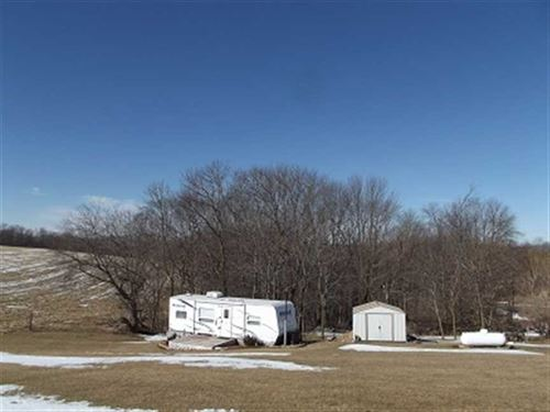 15.86 Wooded Acres W/Camper, Verno : Hillsboro : Vernon County : Wisconsin