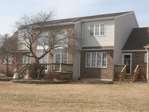 4 Bedroom, 3.5 Bath Country Home : Milan : Sullivan County : Missouri