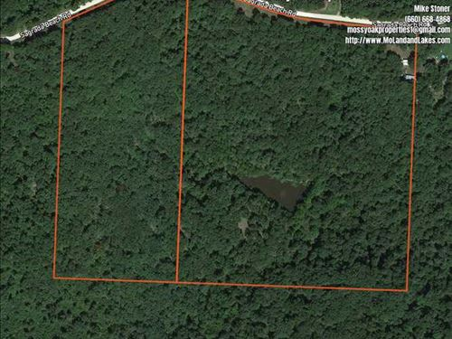 28 Acres Close to The Lake of The : Lincoln : Benton County : Missouri