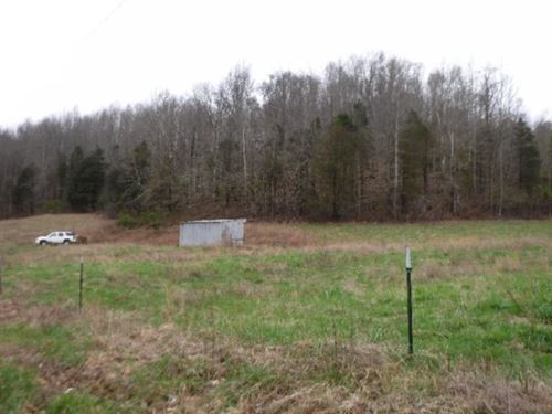 23Ac, Spring, Stream, Barn, Pasture : Celina : Clay County : Tennessee