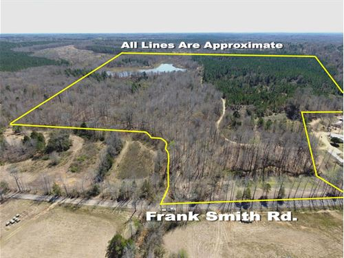 Wooded Land With A 12 +/- Ac Lake : Batesville : Panola County : Mississippi
