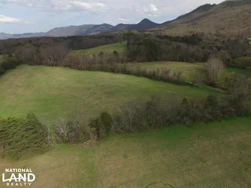 Smoky Mountain Foothills Farm : Sevierville : Sevier County : Tennessee
