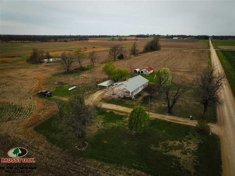 1653 Sq Ft, Country Home With 40 : Chetopa : Labette County : Kansas