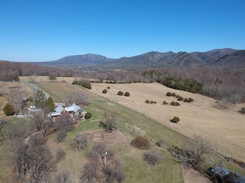 Gorgeous 302 Acre Farm : Steeles Tavern : Rockbridge County : Virginia