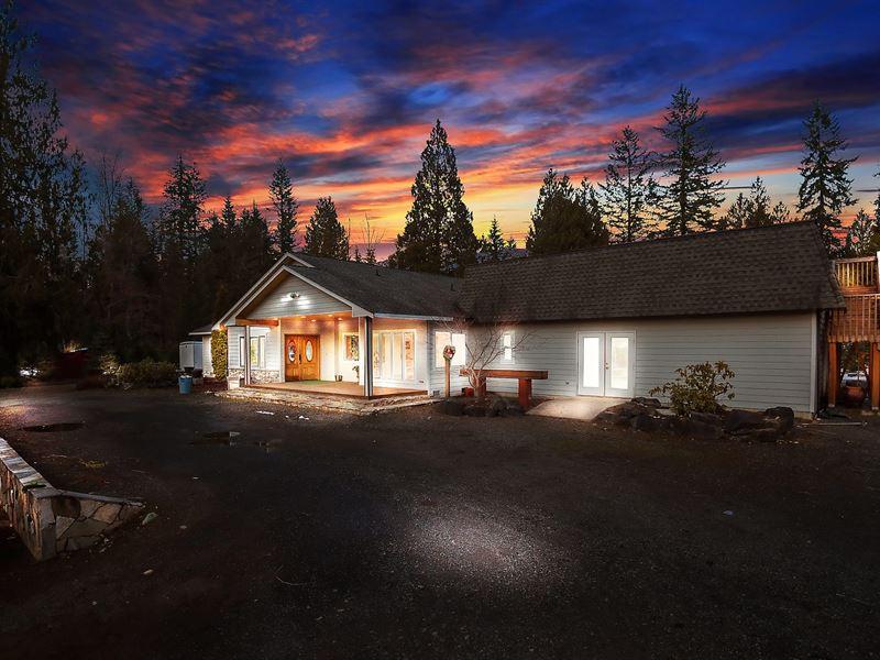 Beautiful Christmas Tree Farm : Arlington : Snohomish County : Washington