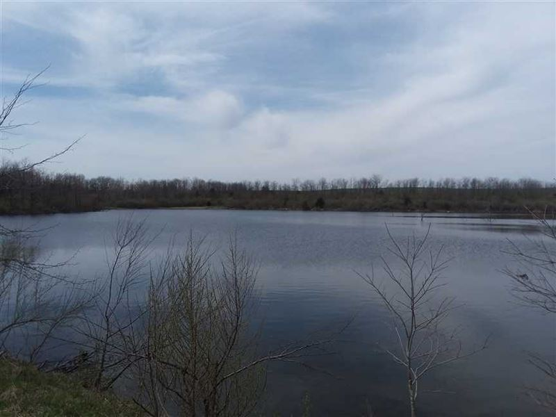 255 Acres With Private 8 Acre & 2 : Moberly : Randolph County : Missouri