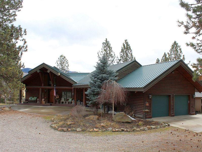 Gorgeous, One Of A Kind Custom Log : Plains : Sanders County : Montana