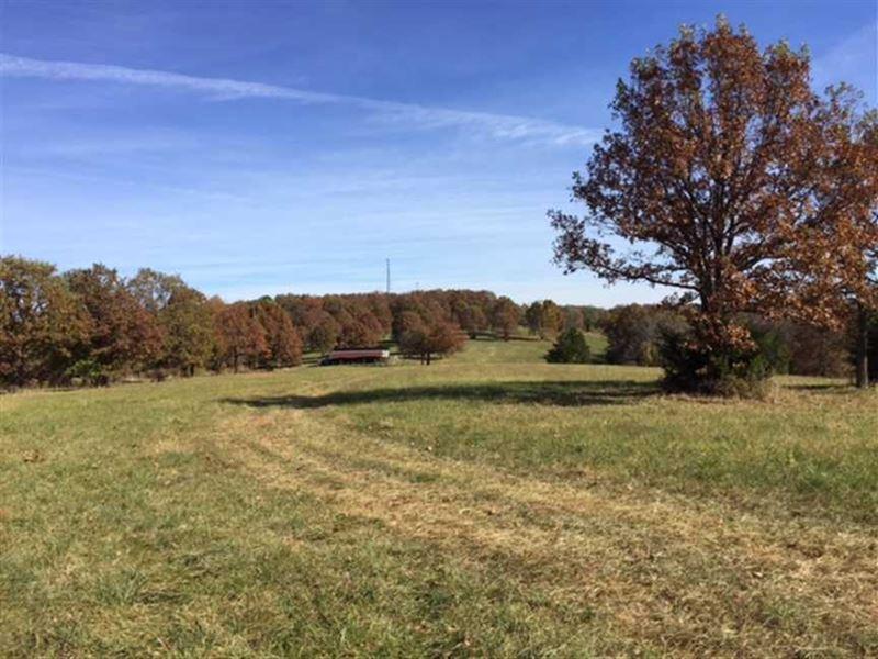 Reduced, 183 Acres Beautiful Home : Linn Creek : Camden County : Missouri