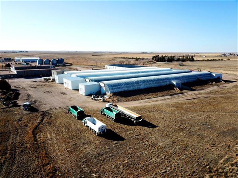 Diamond Hill Storage : Pine Bluffs : Laramie County : Wyoming