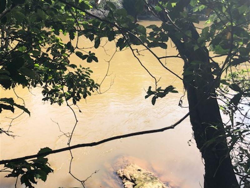 Broad River : Carlton : Madison County : Georgia