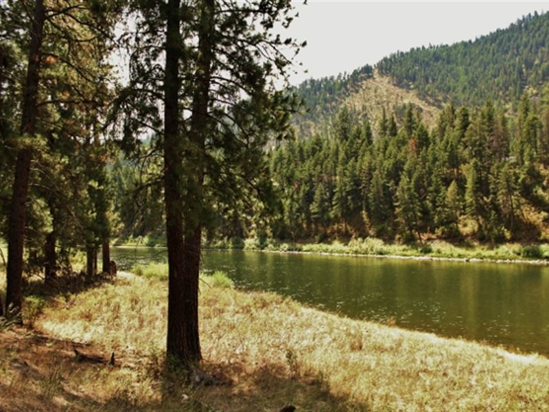 Clark Fork River Front Land Western : Superior : Mineral County : Montana