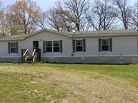7.9 Acre Peaceful Country Homestead : Hermitage : Hickory County : Missouri