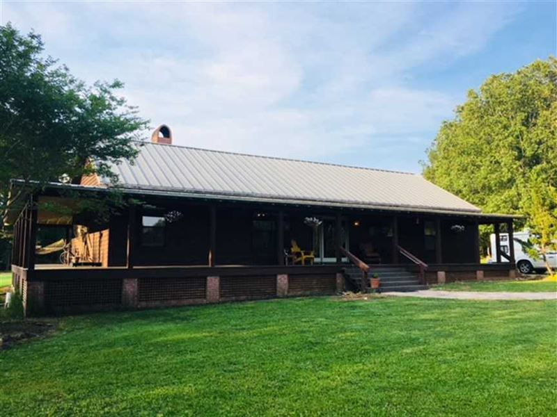 3 BR 2 BA Country Home on 75 Acres : Aberdeen : Monroe County : Mississippi