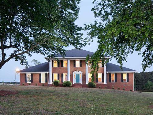 Stately Waterfront Home 27+ Acres : Loganville : Walton County : Georgia