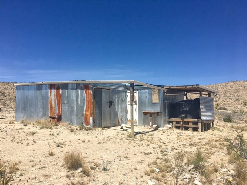 Small Hunting Cabin On 10 Acres : Terlingua : Brewster County : Texas