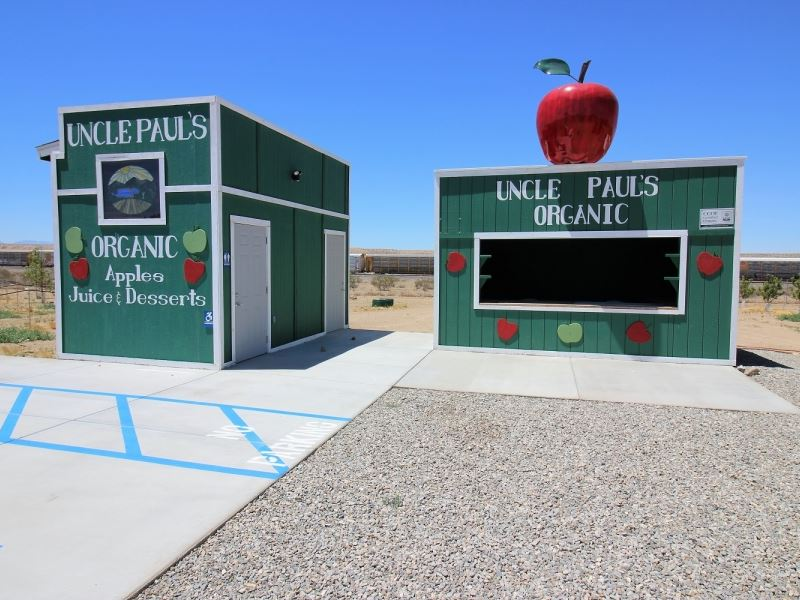 Turnkey Apple Orchard Investment Op : Farm for Sale