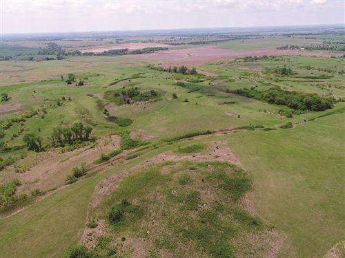 Pasture & Farmland Auction : Salina : Saline County : Kansas