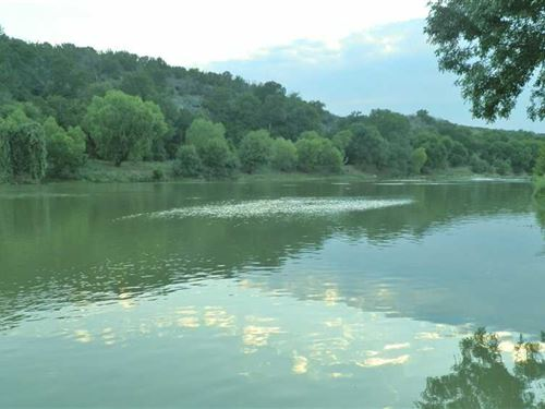 Colorado River Cabin For Sale, Sm : Lampasas : Texas