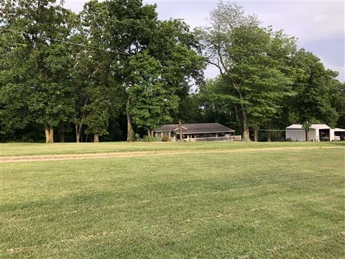 Two Country Homes on 20 Acres : Barnett : Morgan County : Missouri