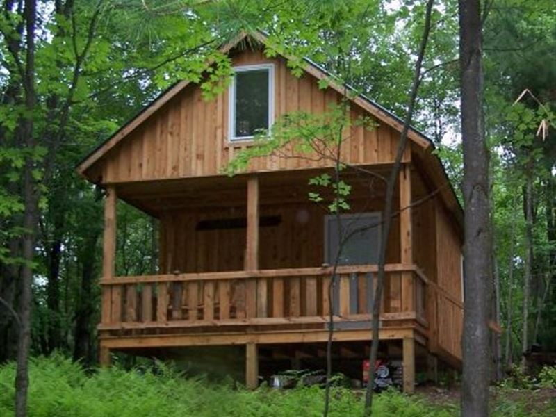 Land & Cabin Package, Borders State : Montague : New York County : New York