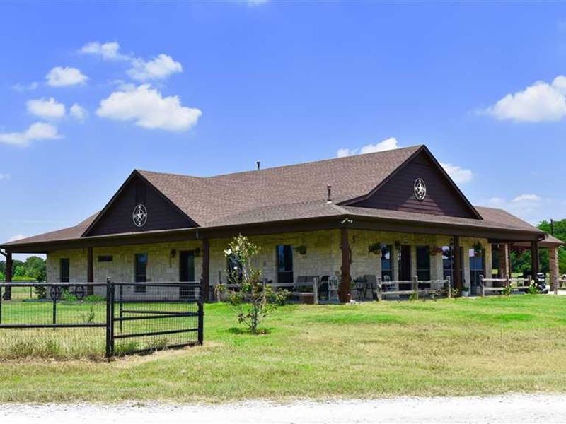 289 Blackjack Road, Valley View : Valley View : Cooke County : Texas