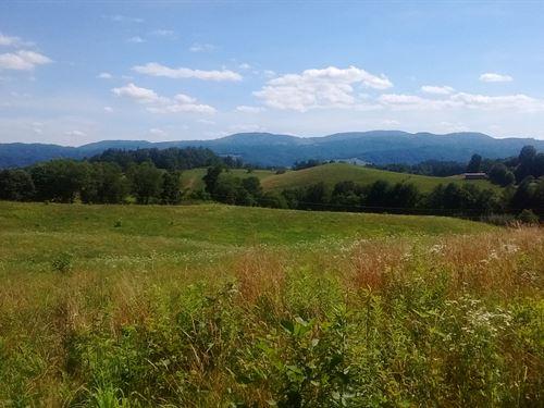 Beautiful Elk Creek Valley Views : Elk Creek : Grayson County : Virginia