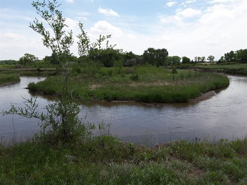 A River Runs Through It : Plevna : Reno County : Kansas