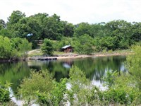 Lake And Cabin on This Amazing 520 : Kirbyville : Taney County : Missouri