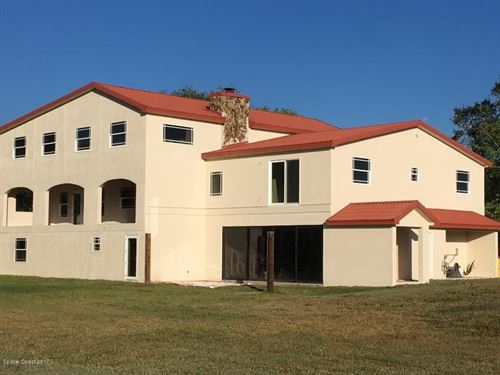 Beautiful Estate - Horse Farm : Merritt Island : Brevard County : Florida