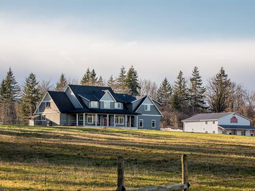 Sprawling 153 Acre Estate For Sale : Black Creek : Canada
