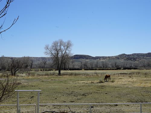 Wind River Land And Cattle : Kinnear : Fremont County : Wyoming