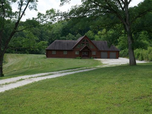 Beautiful Farm With 3Br Log Cabin : Hardin : Calhoun County : Illinois