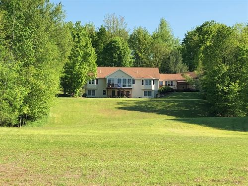 Beautiful Country Home With Pond : West Monroe : Oswego County : New York
