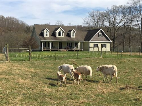 Custom Home On 10 Acres / Hobby : Liberty : Casey County : Kentucky